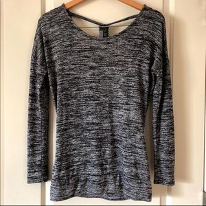 Athleta  pose layered Top / XS